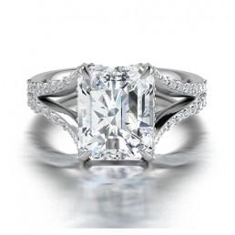 Emerald Cut Split Shank Diamond Engagement Ring comprised of 4.35ctw