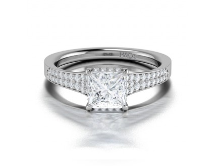 Princess cut Diamond Engagement Ring with Side Stones Comprised of 1.31ctw